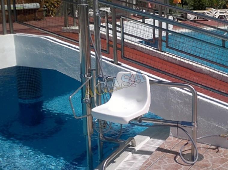 Mobiliario piscina elegant la piscina y el mobiliario de - Muebles de piscina ...